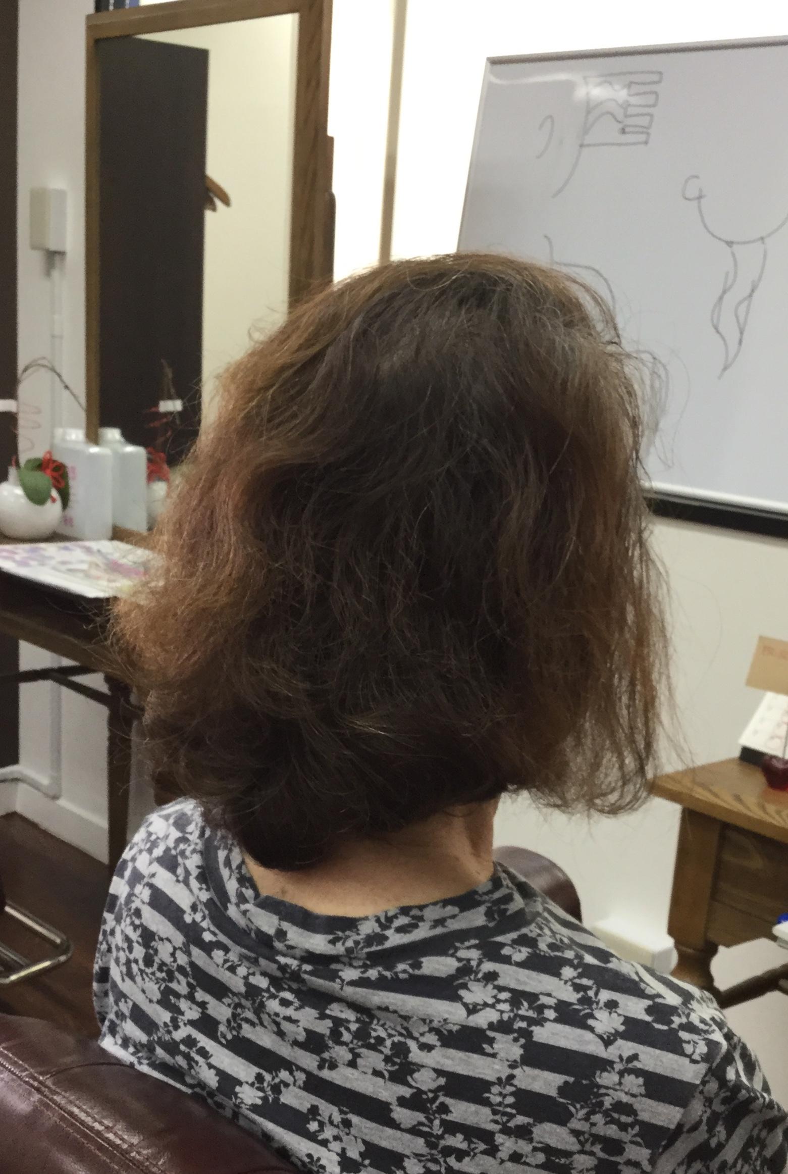 くせ毛薄毛ボリュームの悩みに化学物質を使わない神戸くせ毛専門美容室
